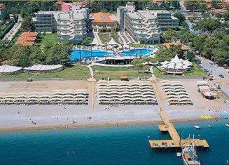 Queen`s Park Resort Hotel