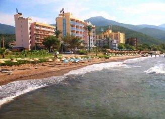 Fiskos Beach Hotel